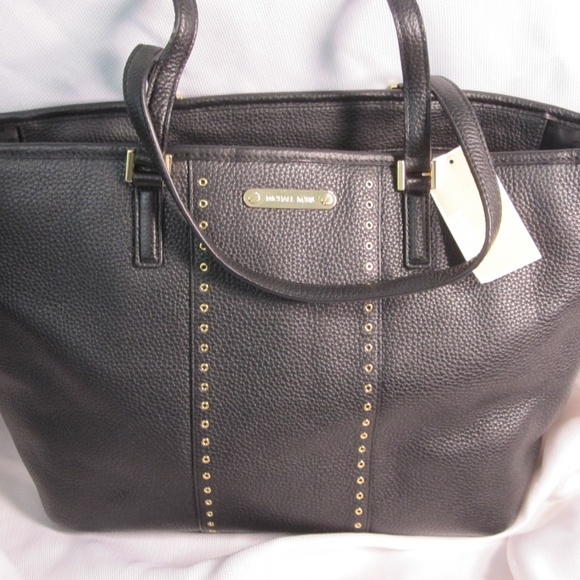13a2ee6eec52 Michael Kors Grommet Carryall Leather Tote  358
